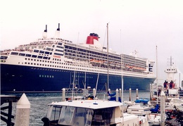 Queen Mary 2 Cruise Liner